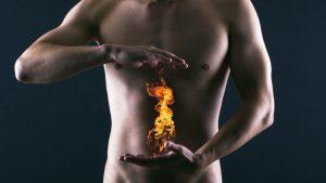 acidez estomacal provocada por indigestión