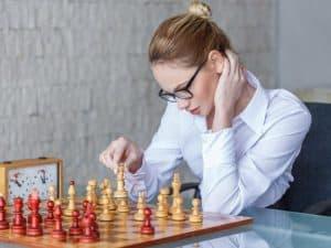 beneficios de jugar ajedrez